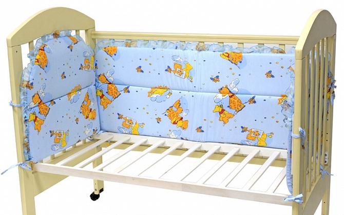 Бампер на детскую кроватку